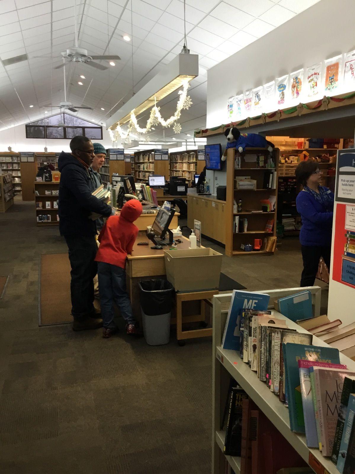 美国小镇图书馆,老少咸宜的地方       曹小莉