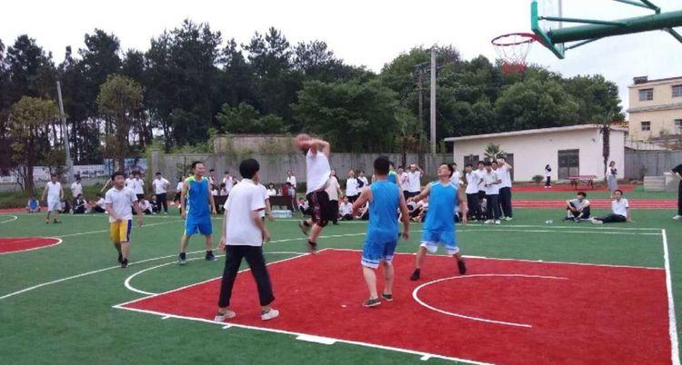 怀宁中专学校举行新运动场启动仪式