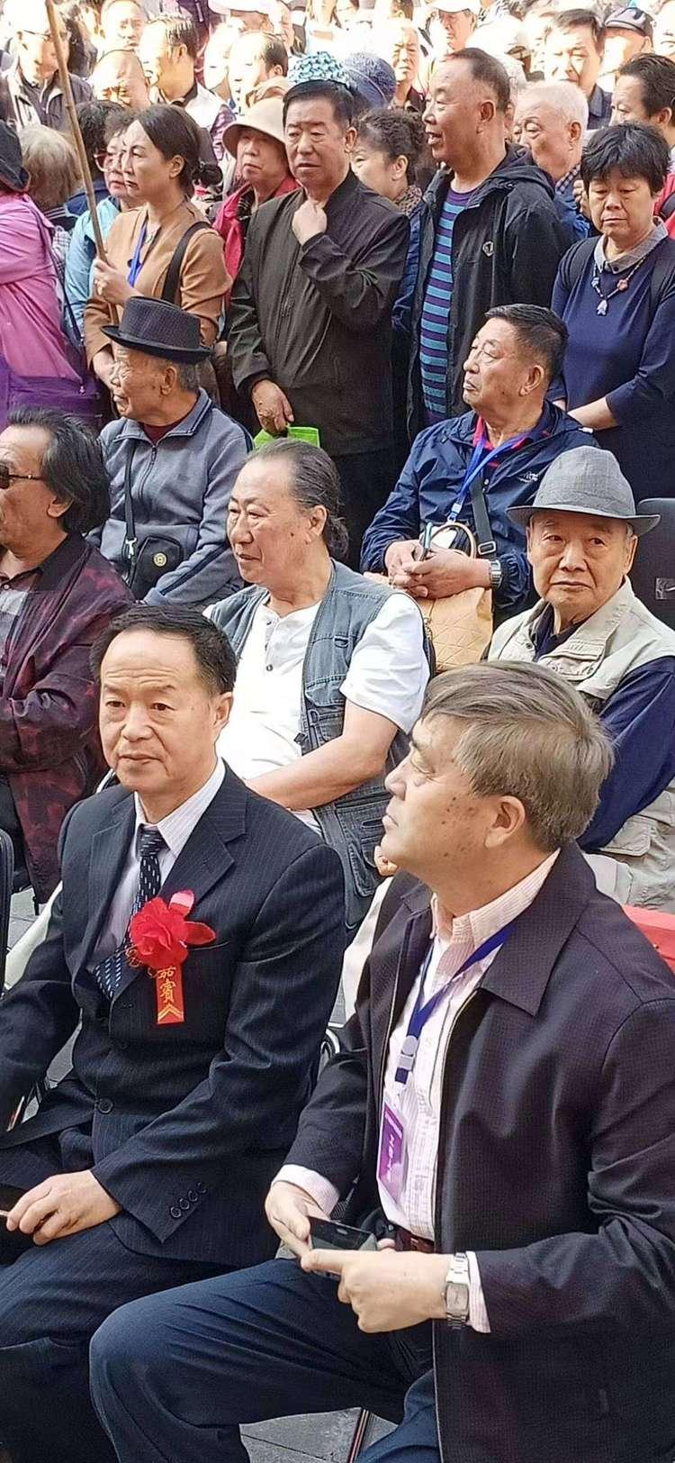 辽宁老年书画研究会与辽宁美术馆承办《庆祝新中国成立70周年书画展》