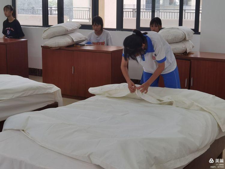 昌江县职业教育中心2021年春季学期中式铺床技能大赛(图5)