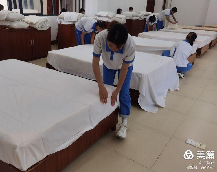 昌江县职业教育中心2021年春季学期中式铺床技能大赛(图4)
